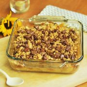 Pear and chocolate crumble